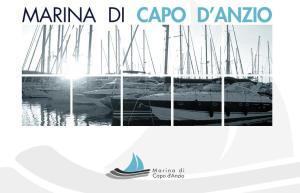L'home page del sito Marina di Capo d'Anzio, registrato dal socio privato
