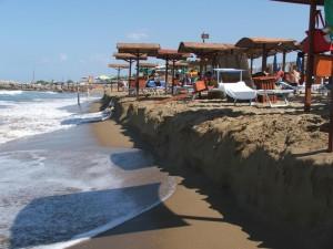 L'erosione della spiaggia a Sabaudia